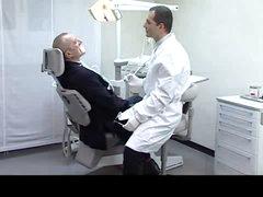 La Moglie del Dentista - part 1 - EH